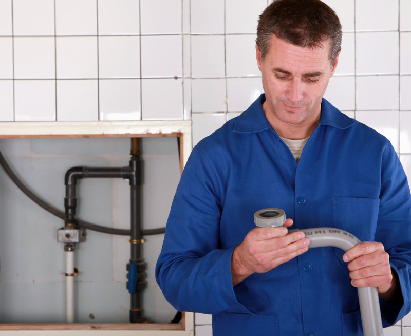 Contact plumbers Hamilton